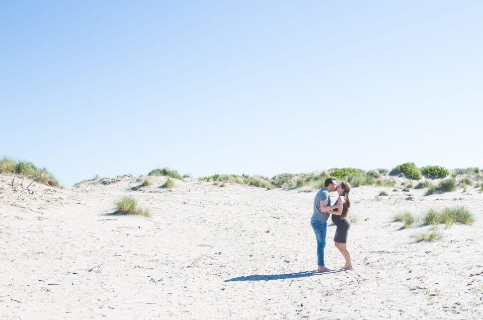 Liefdevolle zwangerschapsshoot in Hoek van Holland